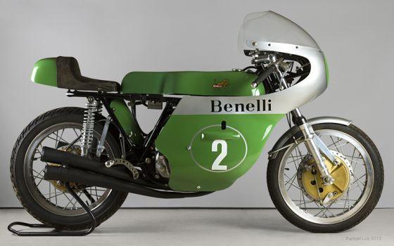Benelli 250-4