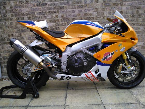 For Sale - Aprilia RSV4 Factory APRC 2011 - Race Bikes ...
