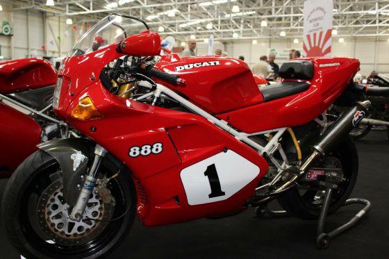for sale - ducati 888 sp4 - road bikes - eur 18000 - race bike mart