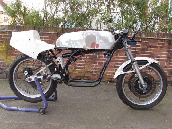 Yamaha Ow01 For Sale >> For Sale - YAMAHA TZ250 E ROLLING CHASSIS - Race Bikes - GBP 2800 - Race Bike Mart